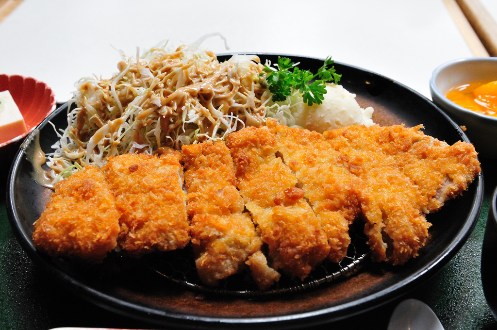 Tonkatsu with sides